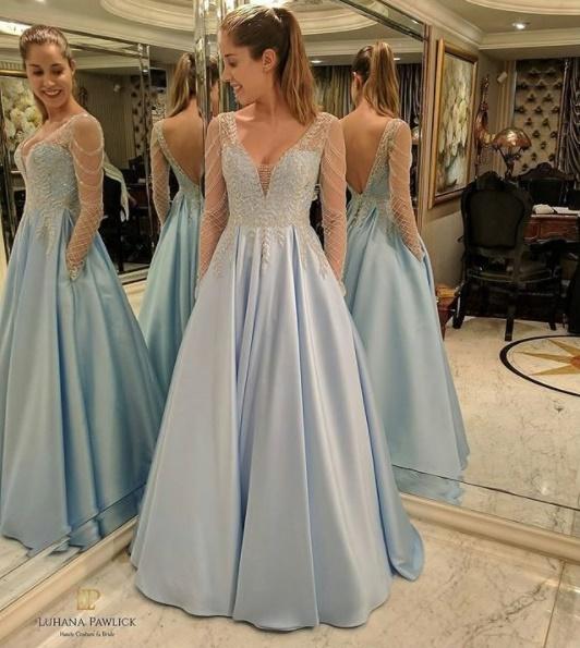 Vestido azul pastel longo