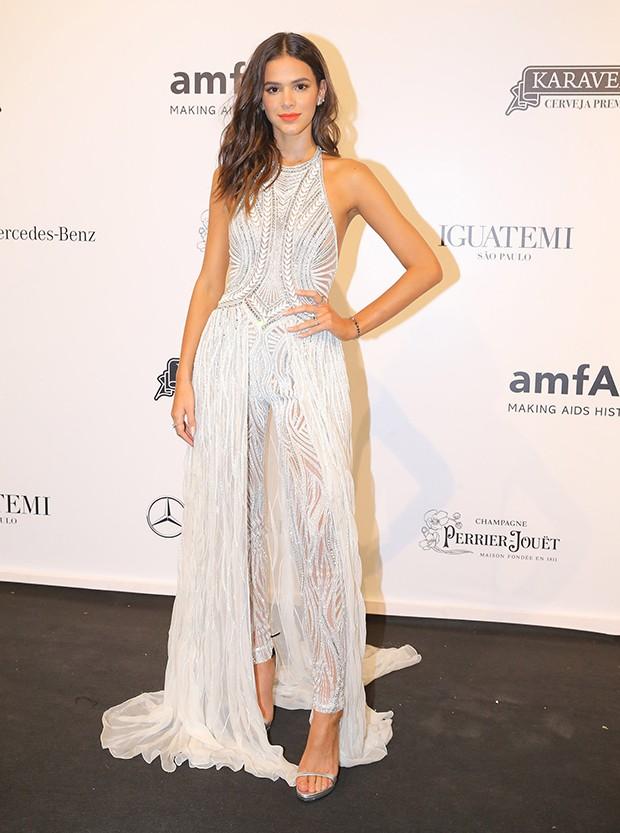Bruna Marquezine veste Versace