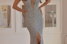 vestido longo cinza e prata