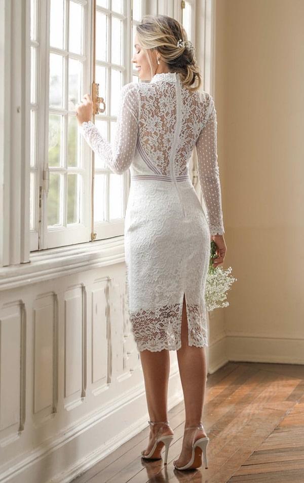 vestido branco midi rendado para noiva