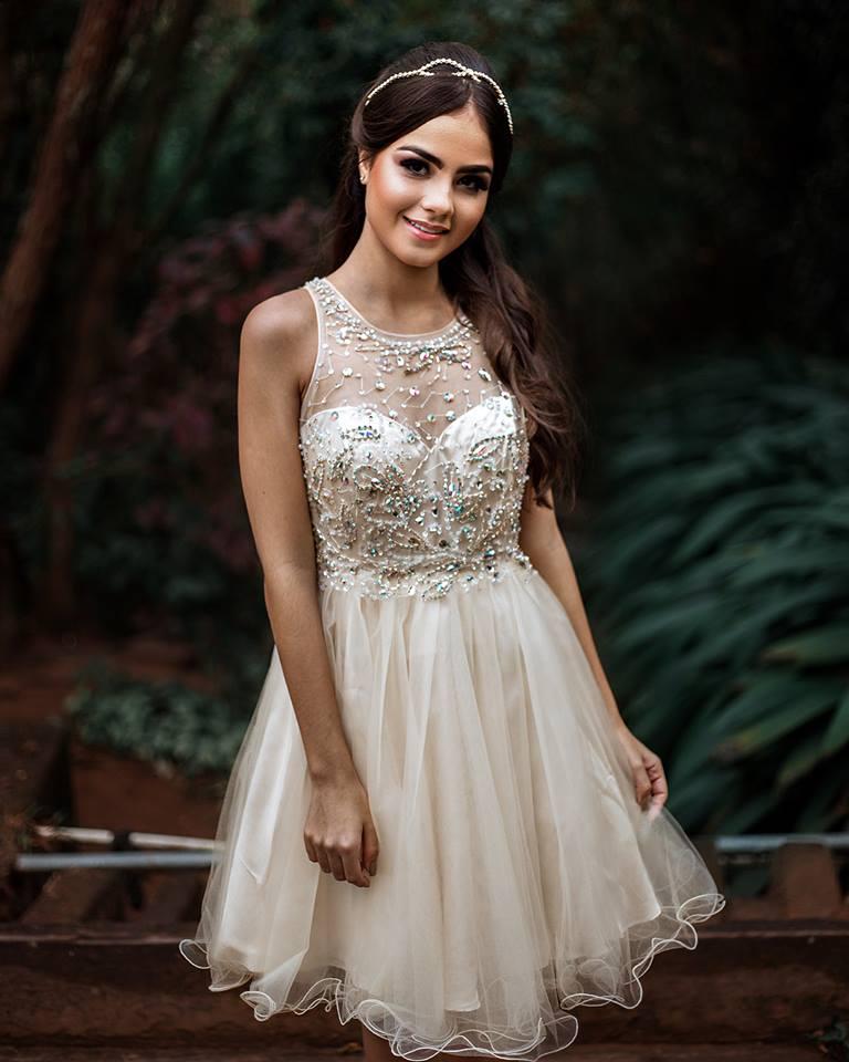 vestido de debutante curto