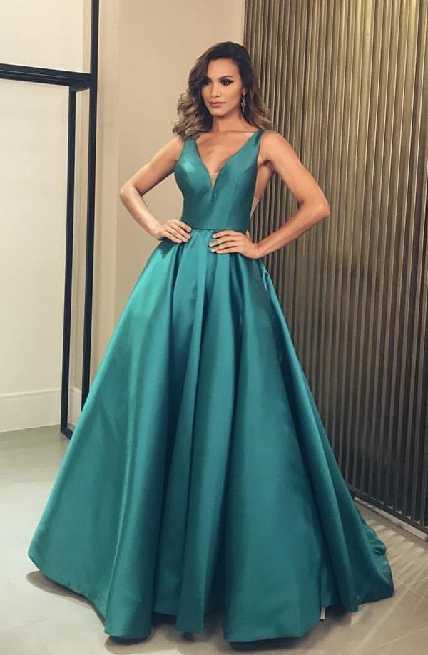 vestido de festa verde estilo princesa