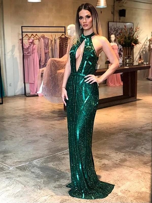 vestido verde longo bordado para formanda