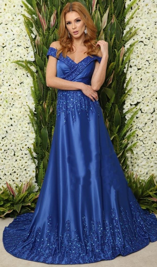 vestido de festa azul estilo princesa saia ampla