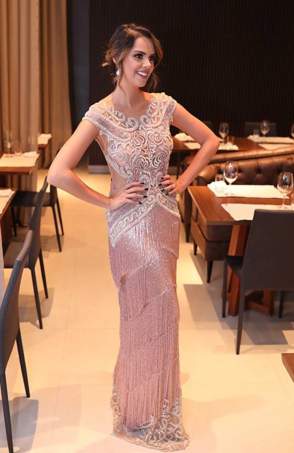 vestido de festa rose com franjas