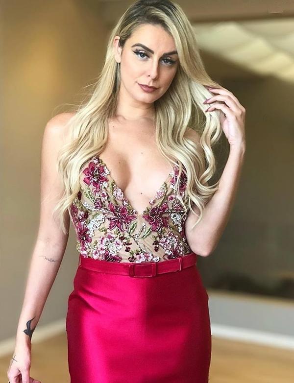 vestido de festa pink longo bordado