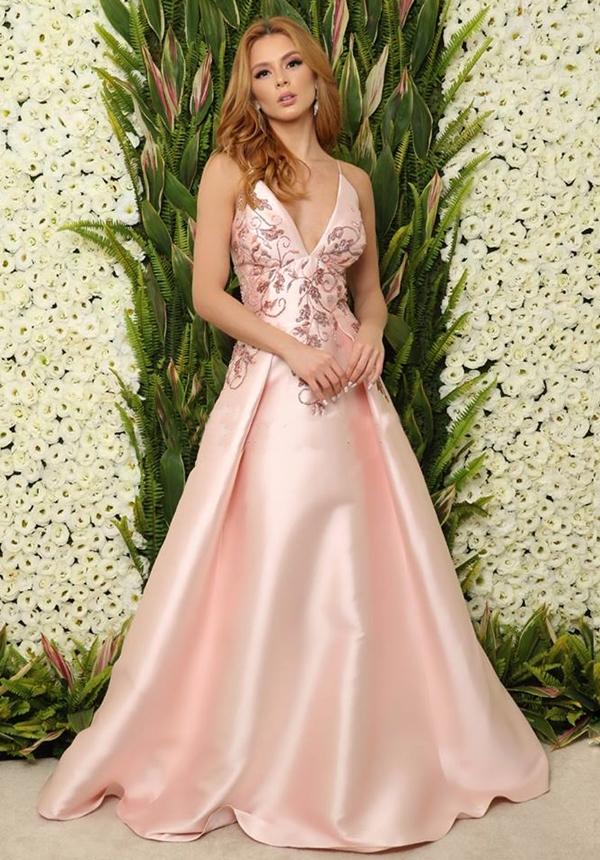 vestido de festa rosa estilo princesa saia ampla