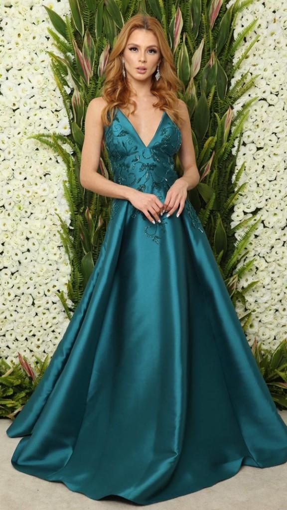 vestido de festa verde estilo princesa saia ampla