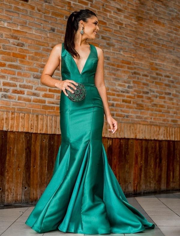 Vestido de festa longo verde modelo sereia