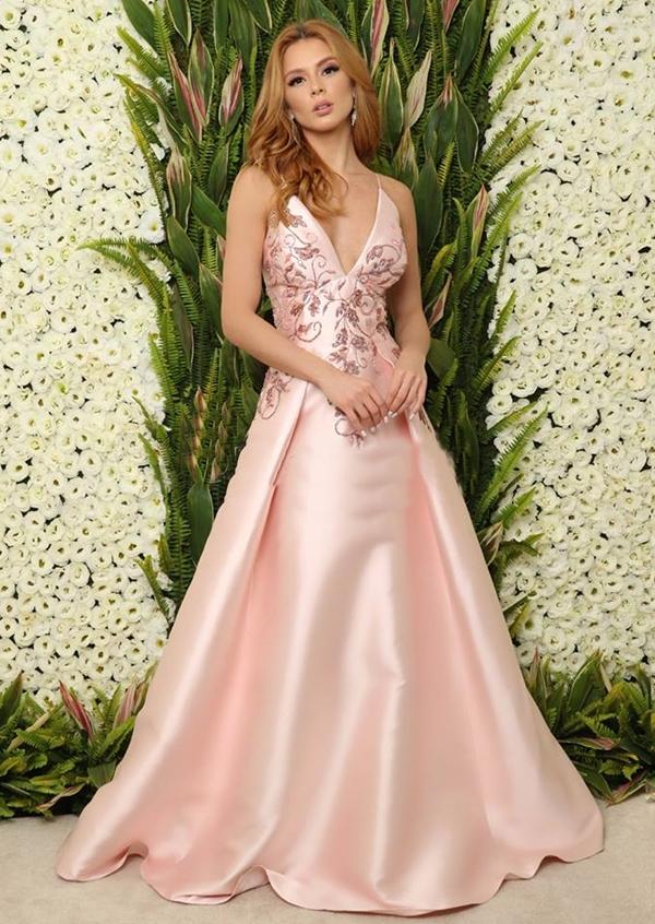vestido longo rose com saia estilo princesa