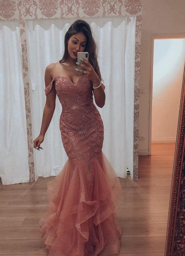 Seleção com vestido de festa sereia: modelos e cores em alta