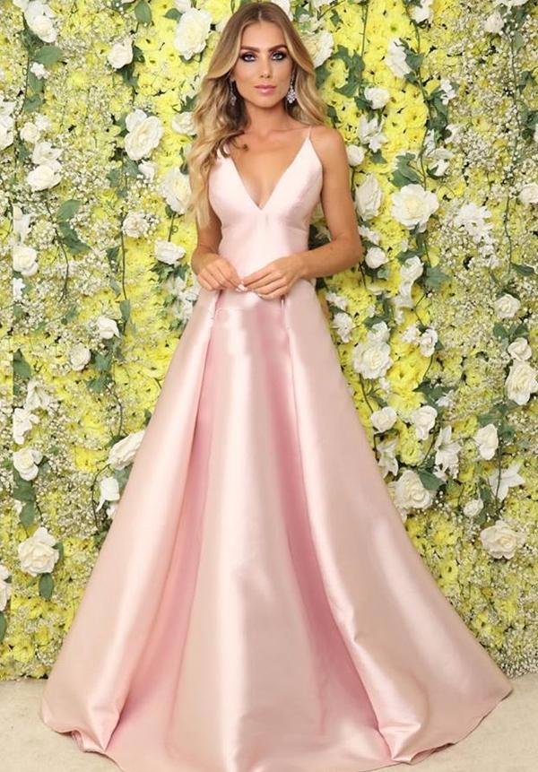 vestido longo rose com saia ampla