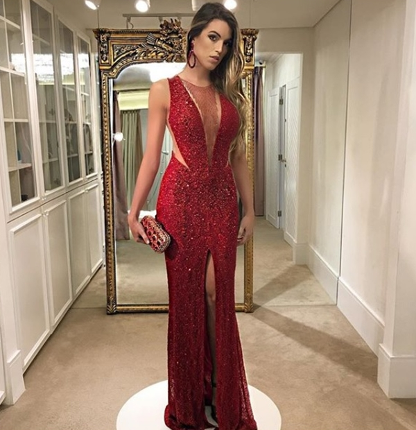 vestido de festa vermelho com brilho longo