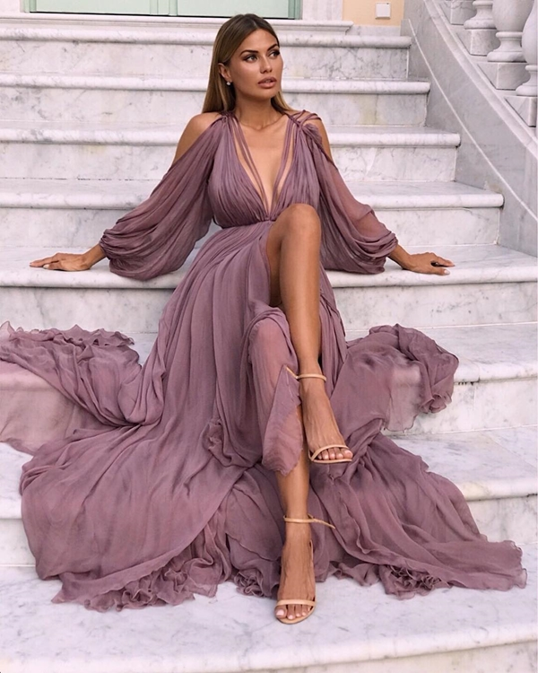 vestido com fenda victoria bonya