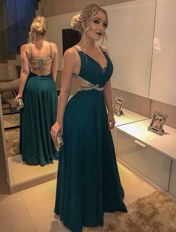 vestido de festa longo verde com decote nas costas