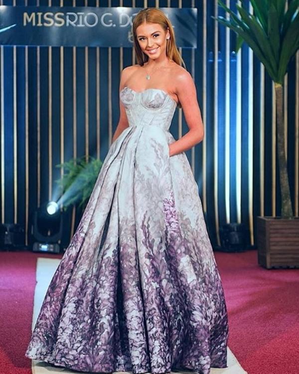 vestido corpete longo princesa