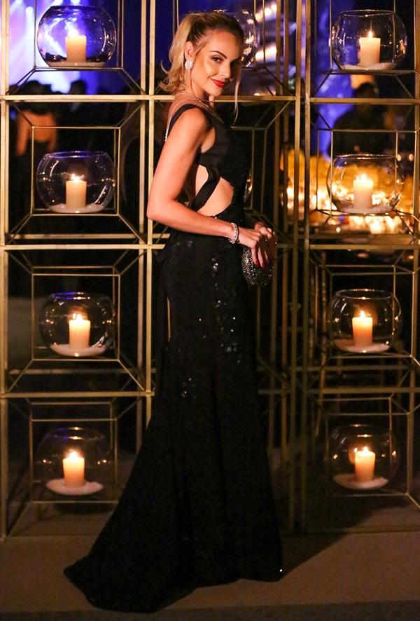 vestido de festa preto longo layla monteiro