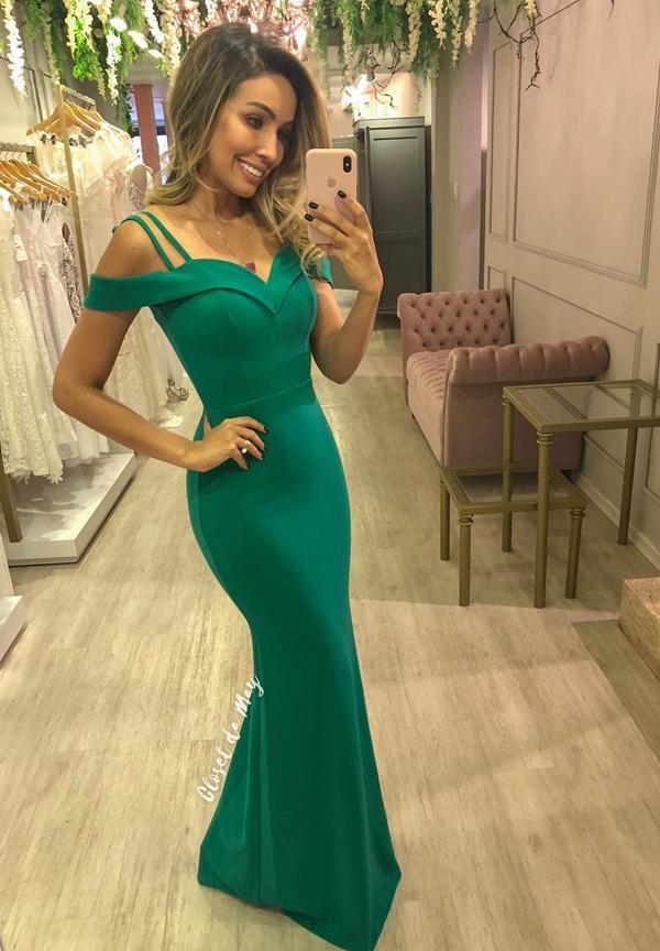 vestido verde longo justo