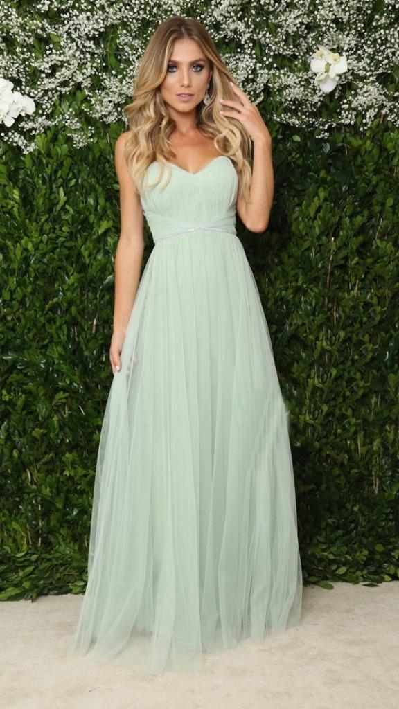 vestido verde claro longo