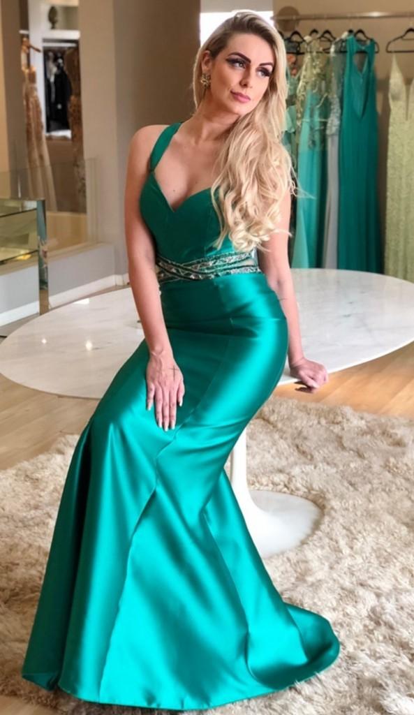 vestido verde esmeralda longo