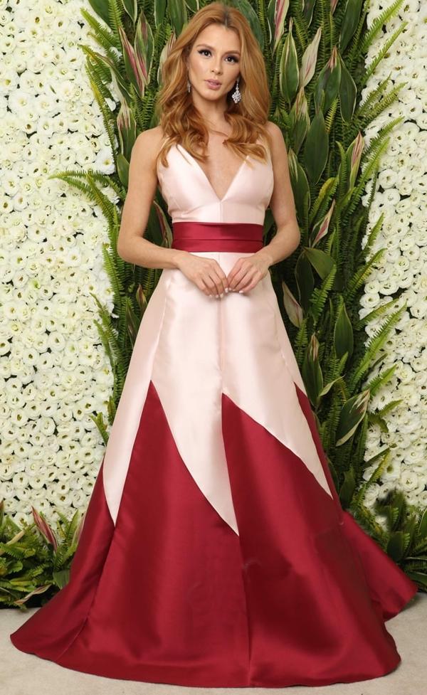 vestido de festa princesa marsala e rose
