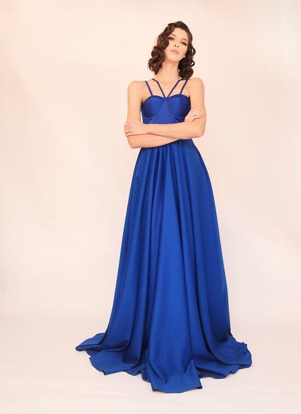 vestido longo azul bic