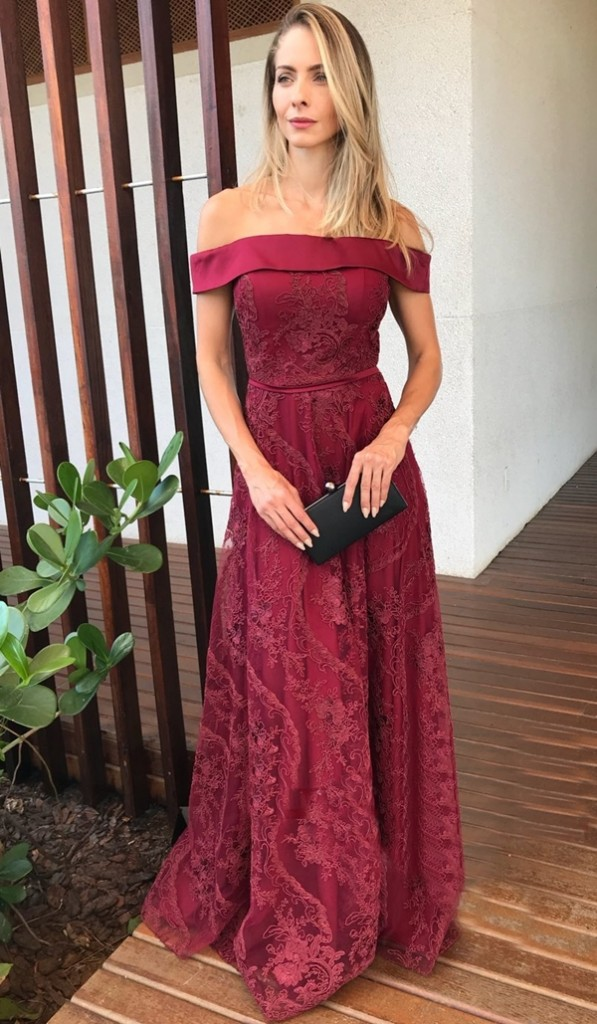 vestido de festa marsala longo para madrinha