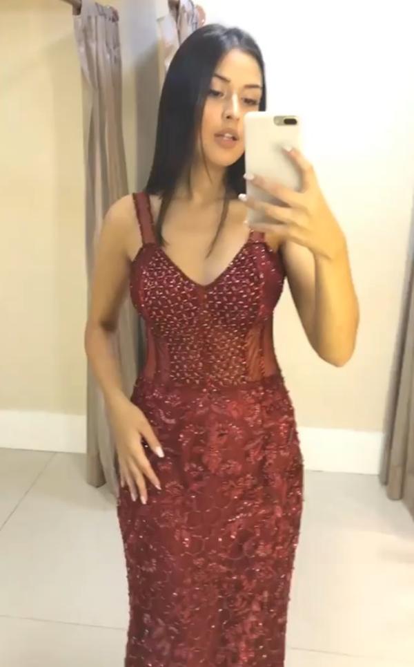 vestido de festa longo marsala justo
