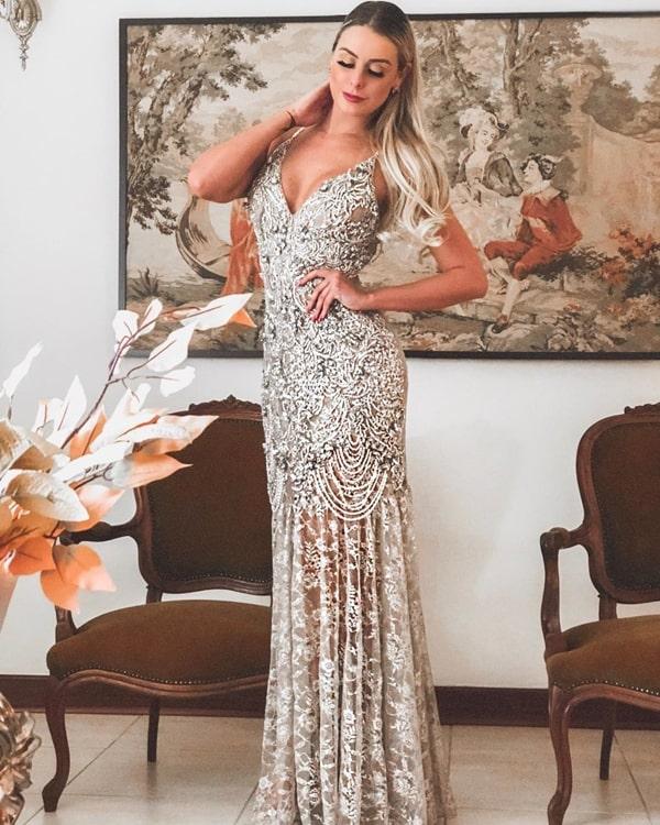 vestido bordado longo renda