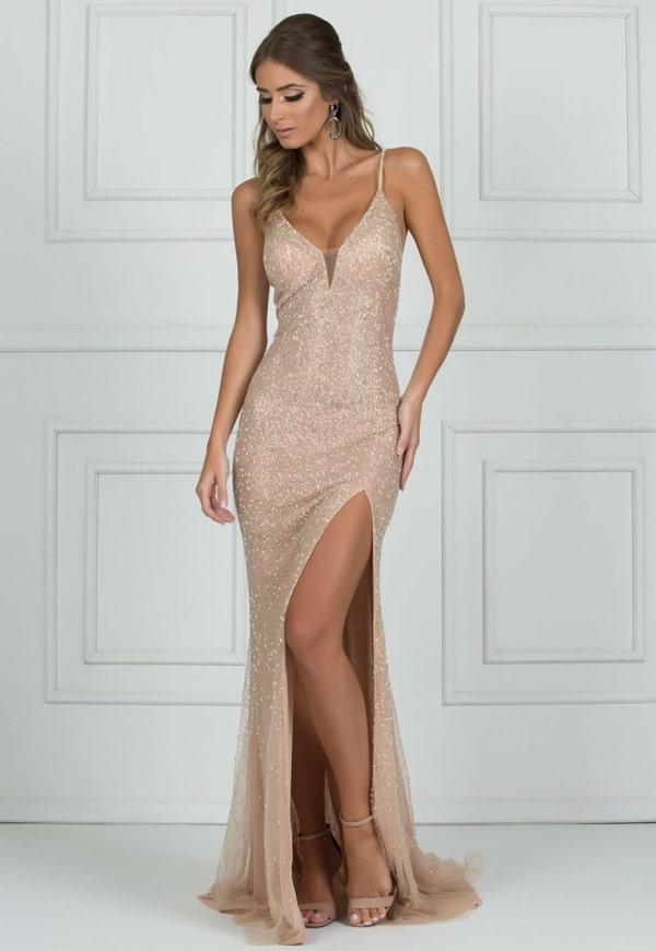vestido de festa longo nude com brilho
