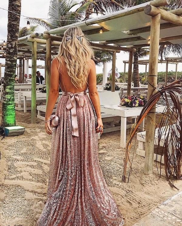 vestido longo com brilho rose decote nas costas