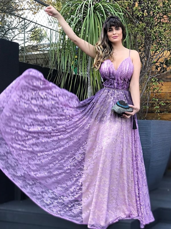 Vestido lavanda para madrinha: mais de 30 vestidos para arrasar no look!