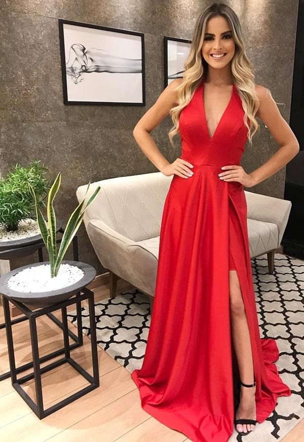 vestido longo vermelho fluido com fenda para madrinha