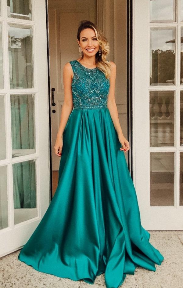 vestido de festa longo verde estilo princesa