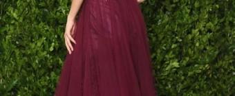 vestido de festa vinho marsala com decote nas costas
