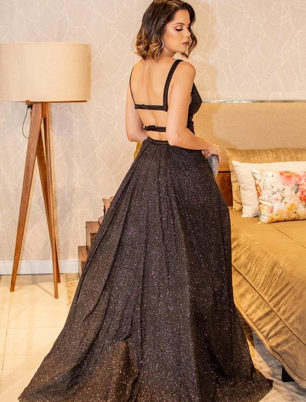 vestido de festa preto com brilho glitter estilo princesa