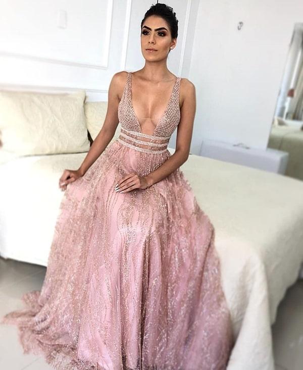 vestido de festa rosa com brilho glitter