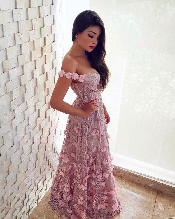 vestido longo rosa bordado