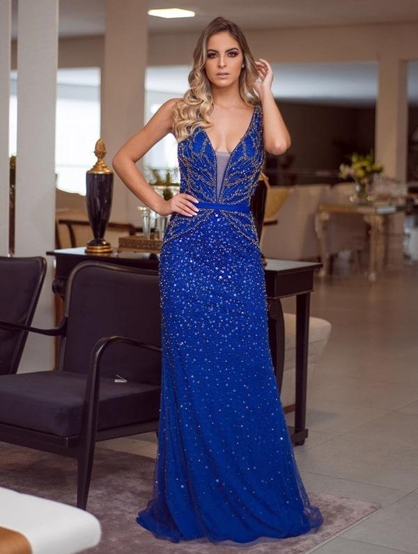 vestido de festa longo azul bic com bordado azul e dourado
