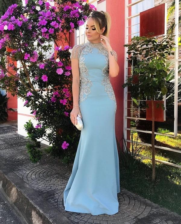 Layla Monteiro vestido de festa longo azul serenity