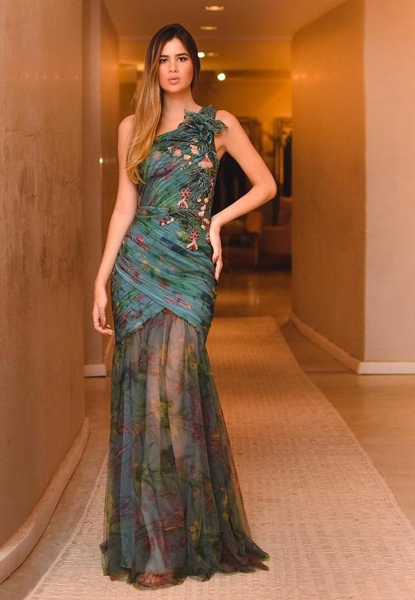 vestido de festa longo com transparência nas pernas