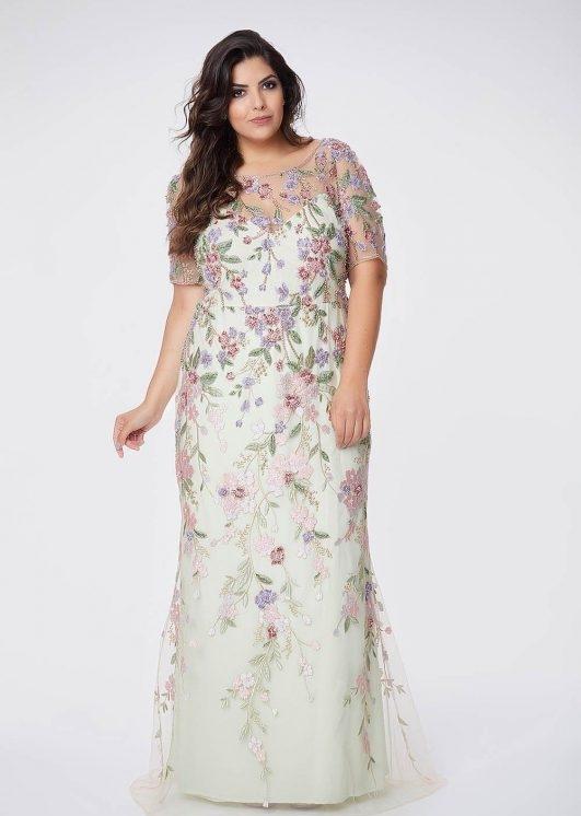 vestido de festa  longo verde claro com bordado floral