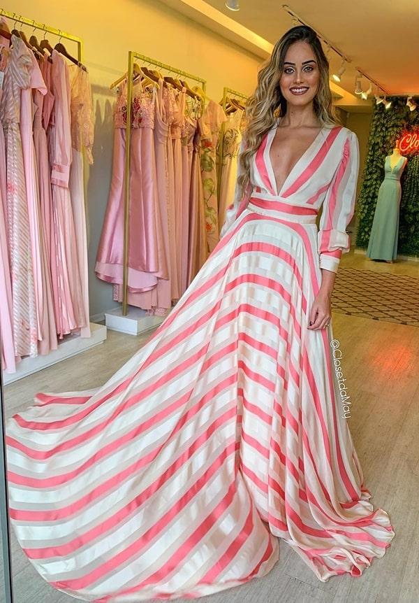 vestido de festa manga longa estampado