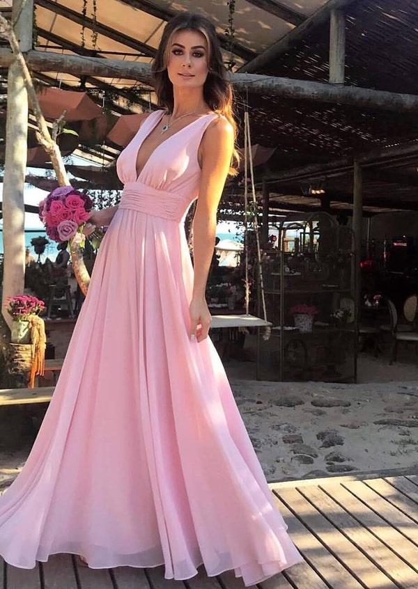 vestido longo rosa casamento na praia