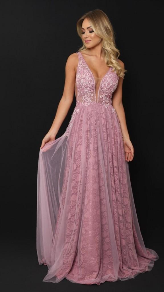vestido rosa rendado fluido