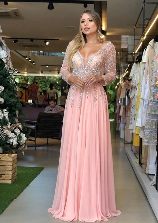 vestido longo rose com manga para madrinha de casamento