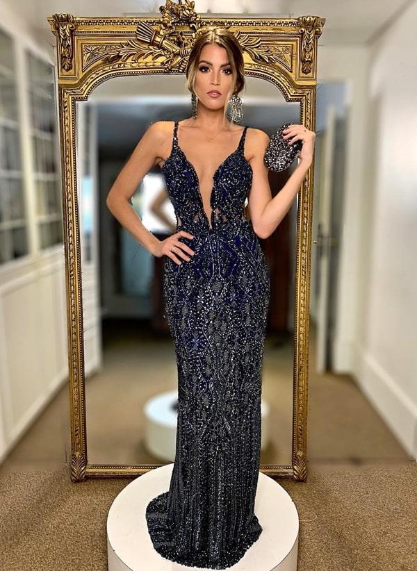vestido longo azul marinho bordado
