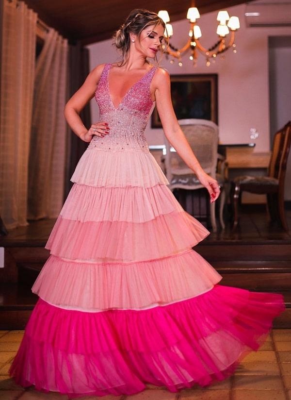 Thássia Naves vestido de festa rosa