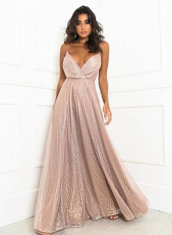 vestido de festa rosa com brilho