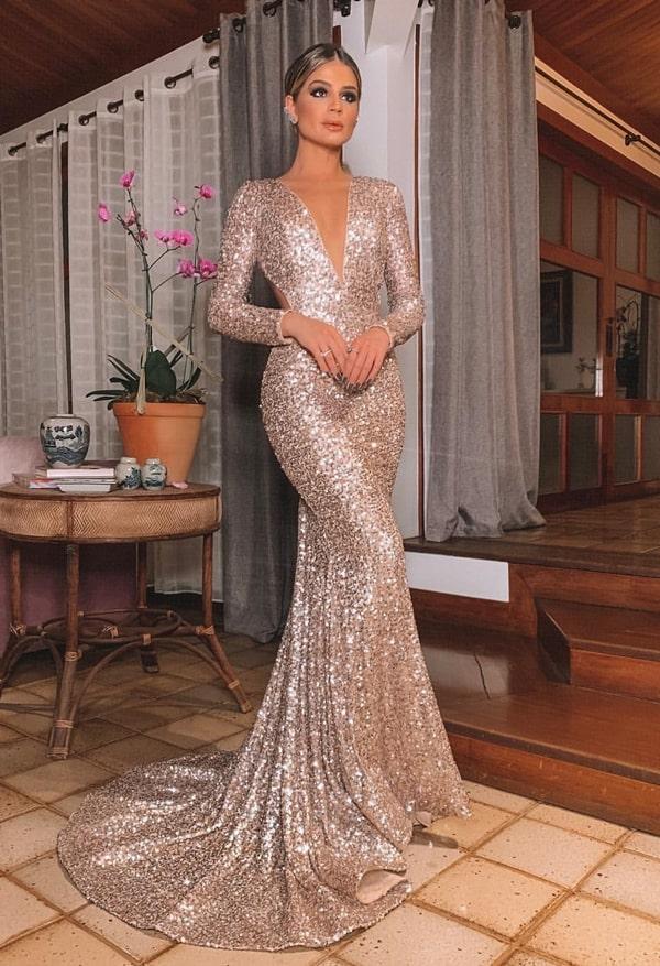 Thassia Naves vestido longo de paetes